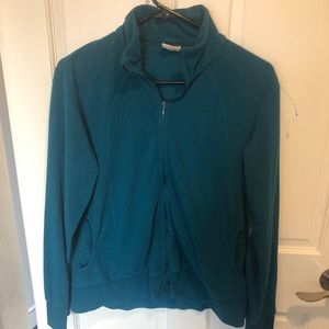 Soft and comfortable Columbia pullover
